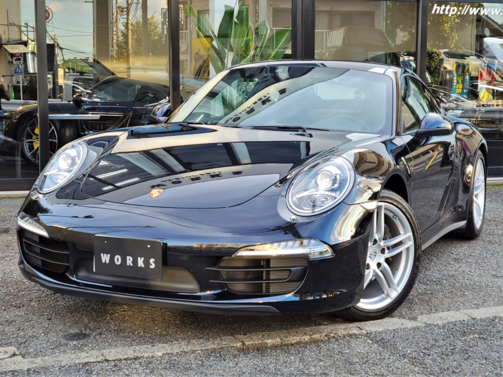 PORSCHE 911 Carrera4